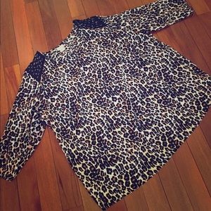 💛 Jaclyn Smith 💛 Cheetah Print Blouse